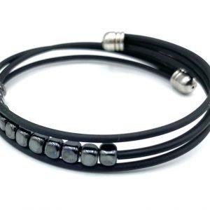 Bracelet caoutchouc noir et hématite 1