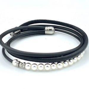 Bracelet en cuir et caoutchouc et hématite perles blanches nacrées 1